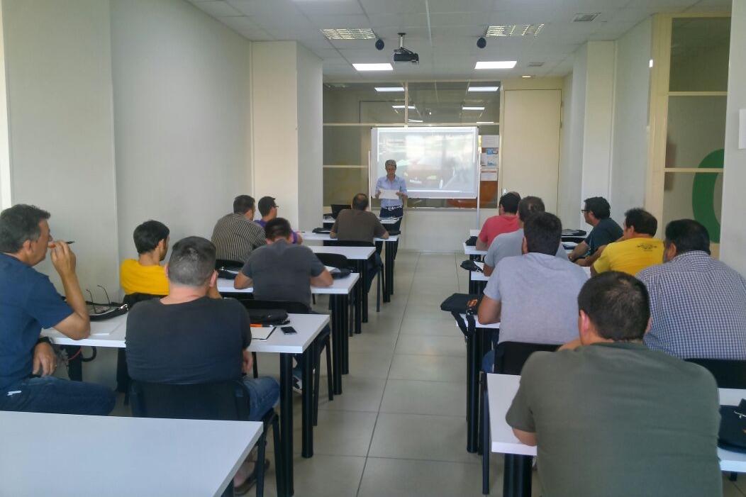 Curso de formador de formadores en tacógrafos analógicos, digitales y tiempos de conducción