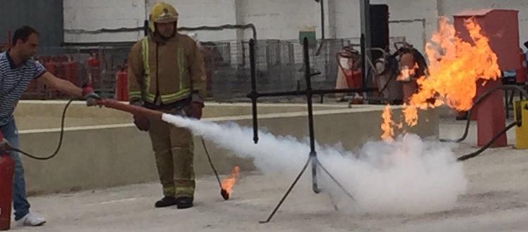 Cómo actuar en caso de incendio en el transporte de mercancías peligrosas